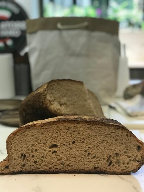 il pane contadino e la sua fragranza